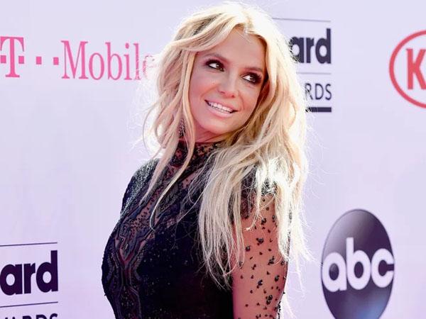 Kecewa, Fans Britney Spears Buat Petisi Soal Video Klip Baru 'Make Me'!