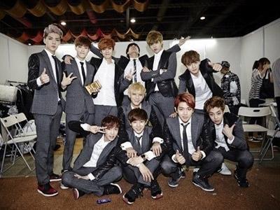Bos SM Entertainment akan 'Korbankan' EXO Saat Pensiun?