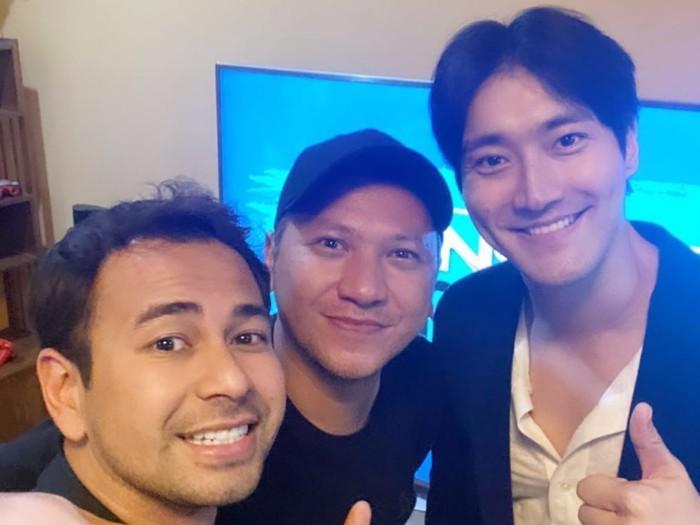 Santai dan Akrabnya Siwon Berkunjung ke Rumah Raffi Ahmad Bak Tetangga Komplek