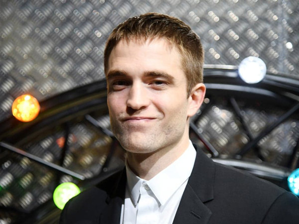 68Robert-Pattinson.jpg