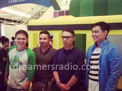 Nostalgia Bareng Ada Band di Hari Pertama 'Dreamers Market School Bazaar'