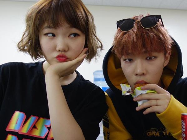 Hanya Sang Kakak yang Boleh Pacaran di Akdong Musician, Apa Alasan YG Entertainment?