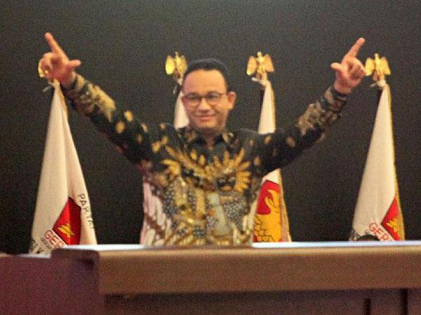 Mengapa Acungan Dua Jari Anies Baswedan di Konfrenas Gerindra Membuatnya Terancam 3 Tahun Penjara?