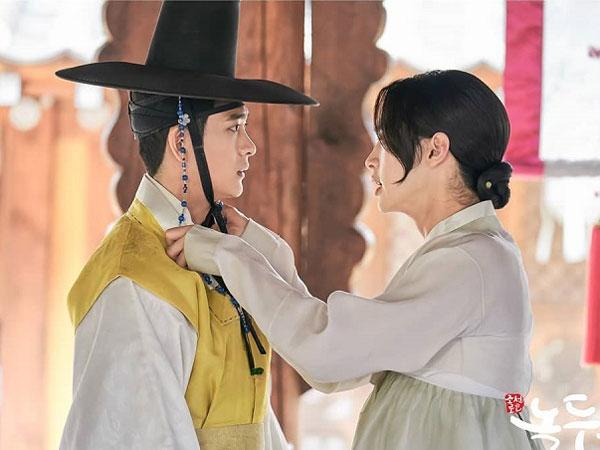 Kocaknya Jang Dong Yoon dan Kang Tae Oh Saat Lakukan Adegan Ciuman di 'Tale of Nok-du'