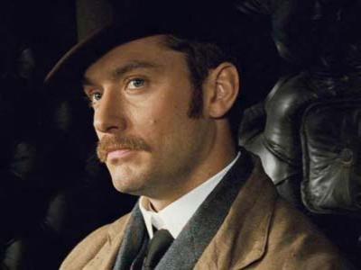 Jude Law Berikan Banyak Ide Pada Sherlock Holmes 3
