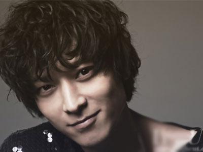Tak hanya Tampan, Aktor Kang Dong Won Dibuktikan Berotak Encer!