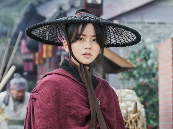 Kim So Hyun Bicara Soal Tantangan dan Pendalaman Karakter di Drama Baru