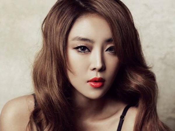 Siap Menikah, Narsha Brown Eyed Girls Tunjukkan Calon Suami Untuk Pertama Kali