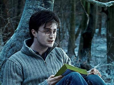 Benarkah Daniel Radcliffe Absen di Film Terbaru Harry Potter?