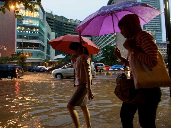 Perkiraan Hujan Lebat di Akhir Pekan, BMKG Minta Masyarakat Waspada