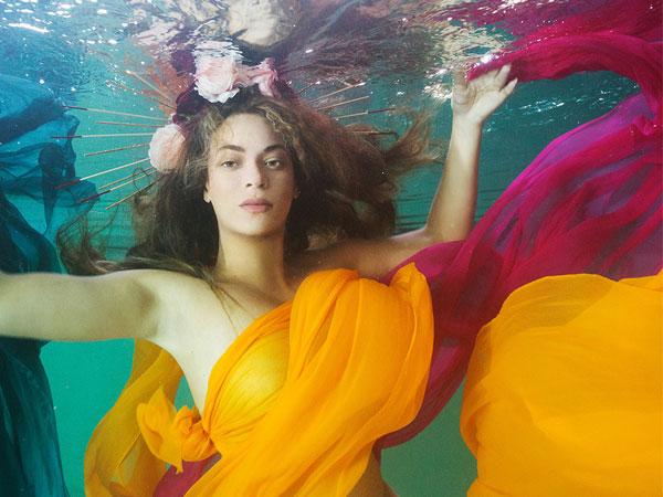 Beyonce Knowles Pamer Foto-foto Hamil Setengah Bugil