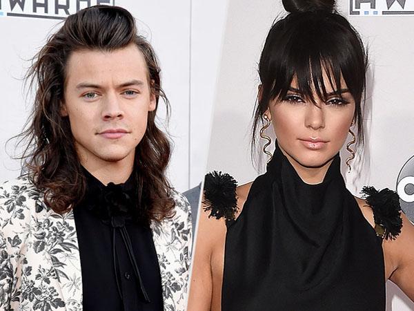 Datang Ke Pesta yang Sama, Harry Styles dan Kendall Jenner Bawa Orangtua