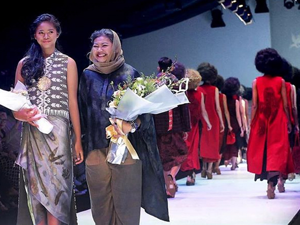 Koleksi Cantik Dari Novita Yunus Melenggang di Jakarta Fashion Week 2020