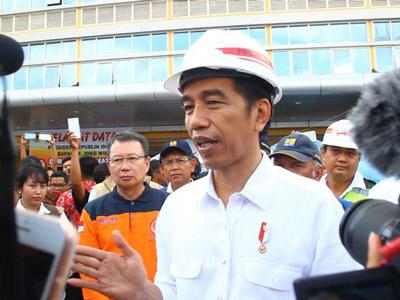 Kata Jokowi dan Upaya Menahan Kisruh Rupiah yang Hampir Sentuh 15 Ribu Per USD