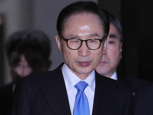 Mantan Presiden Korsel Lee Myung Bak Resmi Ditahan Usai Akui Terima Suap Miliaran Rupiah
