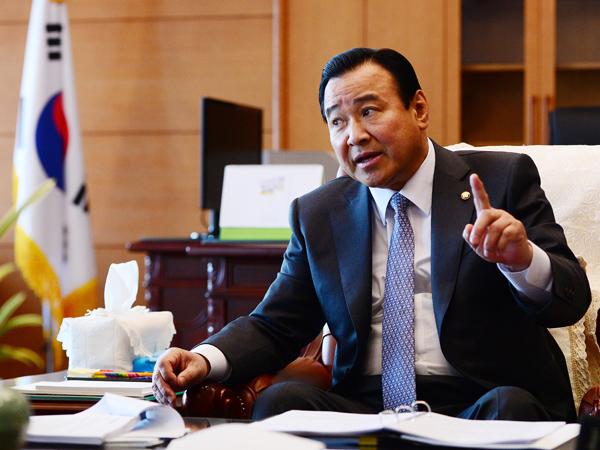 Terlibat Skandal Korupsi, Perdana Menteri Korea Selatan Mengundurkan Diri