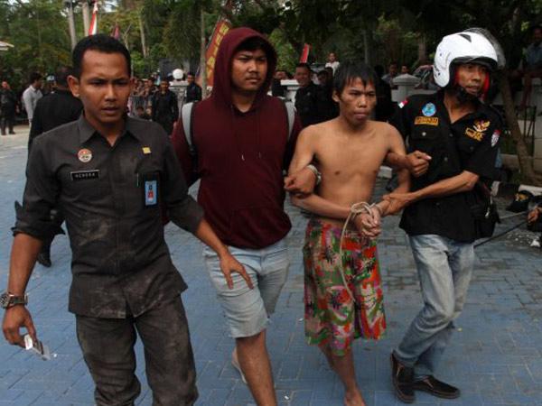 Begini Detik-detik Saat Ratusan Tahanan Kabur dari Rutan Sialang Bungkuk Pekanbaru
