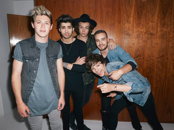 Zayn Malik Ikut Rayakan Hari Jadi One Direction yang Kelima