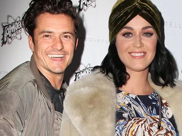 Kencan di Hawaii, Orlando Bloom Rangkul dan Gandeng Mesra Katy Perry!
