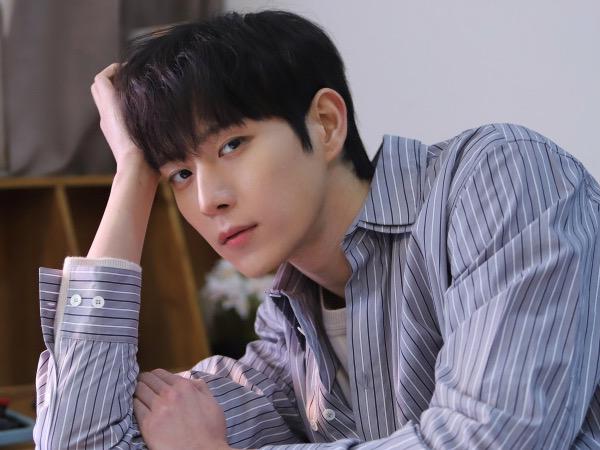 Kim Young Dae Belum Merasa Populer dan Pengalaman Bintangi Dua Drama Sekaligus