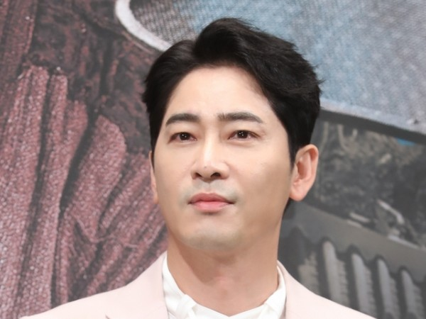 Aktor Kang Ji Hwan Ditangkap Polisi Atas Pelecehan Seksual