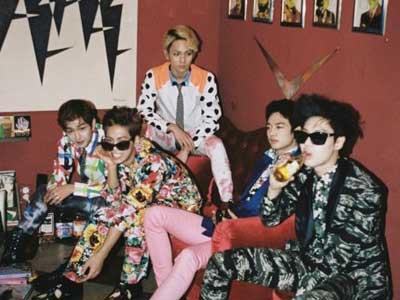 SHINee Tembus Posisi Pertama Chart Album Billboard