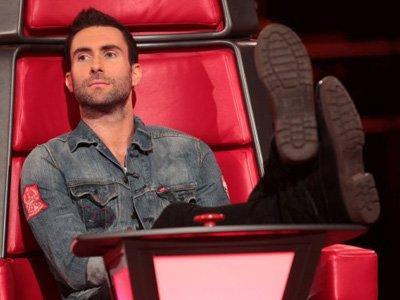"Adam Levine ""Maroon 5"" Punya Kekasih Baru?"