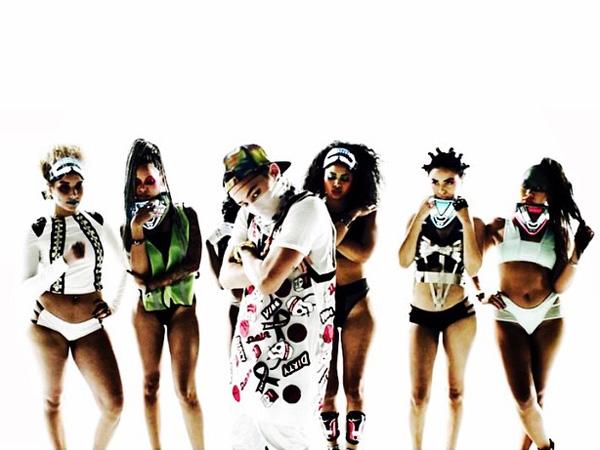 G-Dragon dan CL Kompak Bocorkan Akan Bintangi MV 'Dirty Vibe' Skrillex!
