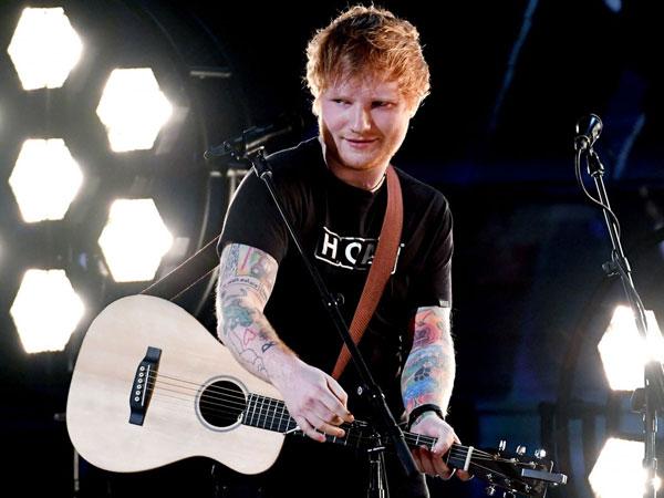 Sebelum Terkenal, Ed Sheeran Pernah Numpang Tinggal di Rumah Aktor Ini