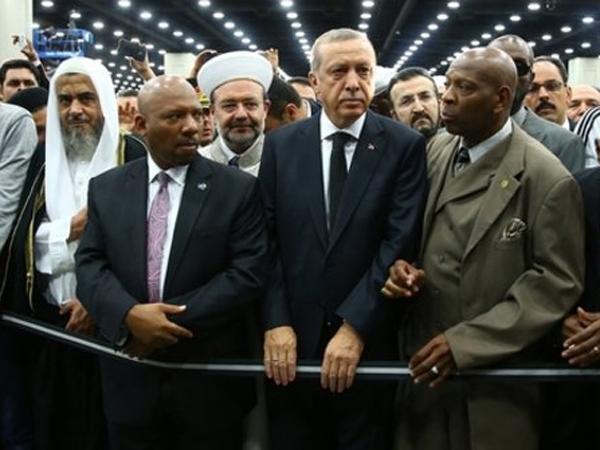Persingkat Kunjungan, Presiden Ini 'Ngambek' Karena Batal Pidato di Pemakaman Muhammad Ali?