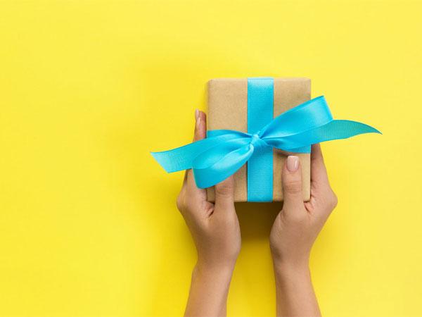 Jangan Bingung! Berikut Pilihan Hadiah yang Berkesan untuk Sahabat