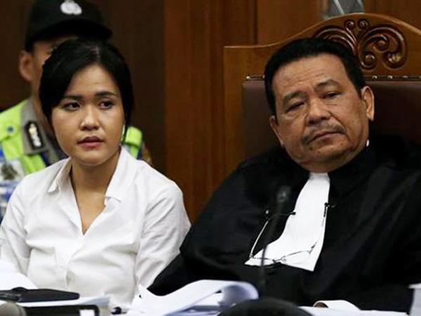 "Jaksa Ajukan Bukti Baru di Sidang Kasus Sianida, Pengacara Jessica: ""Nggak Boleh Dong"""