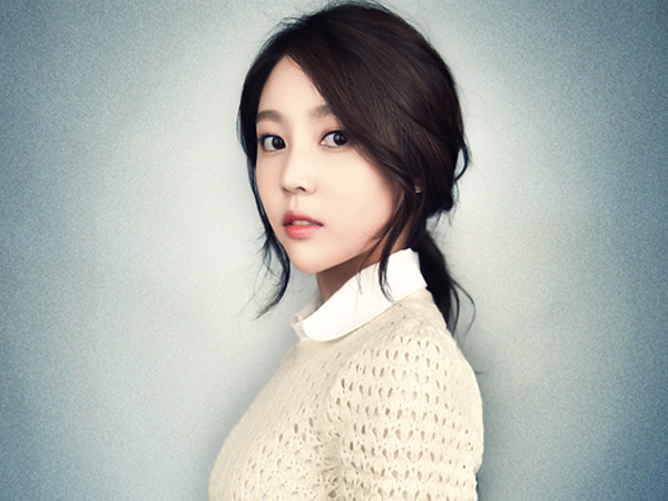 Kim Sa Eun Ingatkan Netter Agar Tak Tertipu dengan Akun Twitter Palsu Atas Namanya