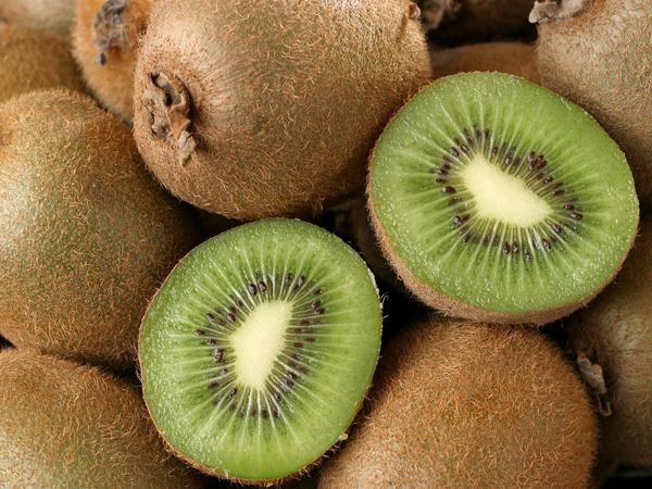 Yuk, Simak Kegunaan Kiwi Untuk yang Berpuasa!