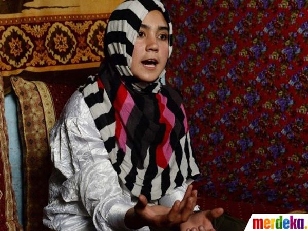 Mengenal Azizah, Gadis Usia 14 Tahun Calon Peraih Piala Nobel
