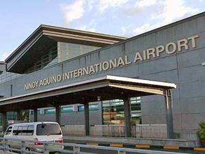 Penumpang Asal Amerika Ini Bawa Pisau Dan Granat Di Bandara