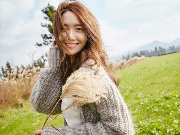 Kecantikan Alami YoonA SNSD Menyatu dengan Alam di Foto Kampanye Terbaru Innisfree