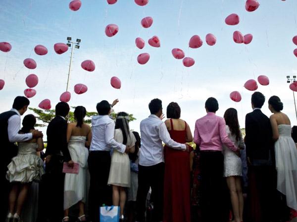 Untuk Sahabat Hingga Nikah Massal Jadi Tradisi Hari Kasih Sayang 'Berbeda' dari Beberapa Negara