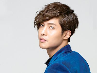 Siap Comeback, Kim Hyun Joong Pamer Tubuh Seksinya!