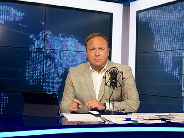 Inilah Alasan Mengapa Alex Jones Diblokir YouTube, Facebook, Apple Hingga Spotify