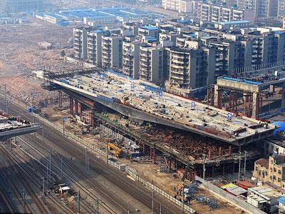 Wow, China Bangun Jalan Layang yang Bisa Diputar