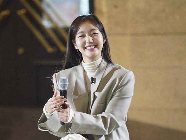 Tuai Pujian, Kim Go Eun Unjuk Suara Merdu di Acara Musik JTBC 'Your Song'