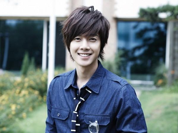 Kim Hyun Joong Dikonfirmasi Tinggalkan Agensi KeyEast Usai 10 Tahun