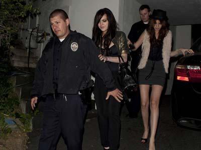Pukuli Wanita, Lindsay Lohan Kembali Masuk Penjara