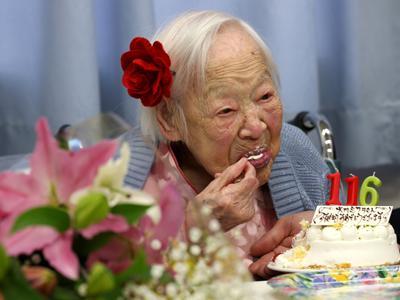 Inikah Makanan Sehat yang Bantu Perpanjang Usia Manusia Tertua di Dunia?