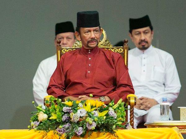Sultan Brunei Kembalikan Gelar Kehormatan Universitas Oxford, Terkait Isu LGBT?