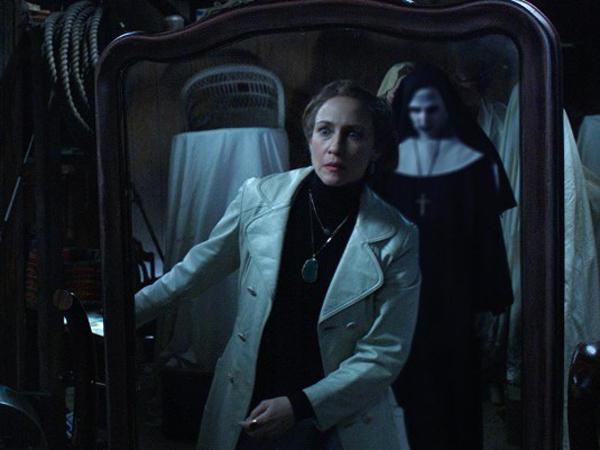 Ternyata Hantu Ikonik 'Conjuring 2' Ini Baru Direncanakan Saat Terakhir Menuju Perilisan!