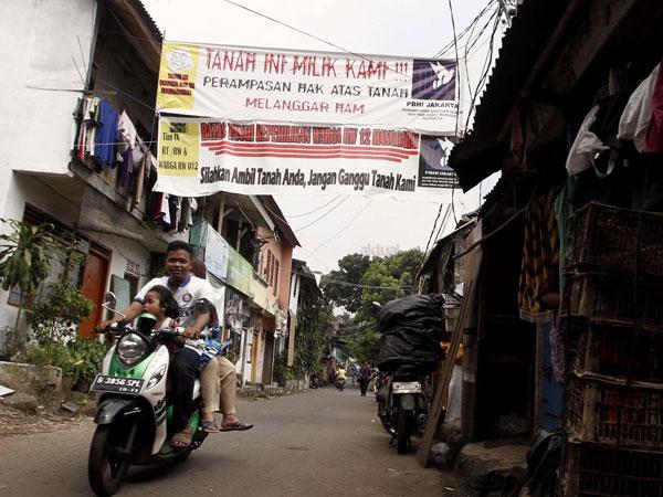 Warga Tolak Penggusuran, PT KAI Pastikan Bongkar Sejumlah Bangunan di Manggarai