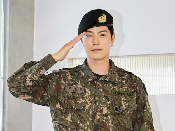 Welcome Back, Aktor Hong Jong Hyun Resmi Keluar Wajib Militer