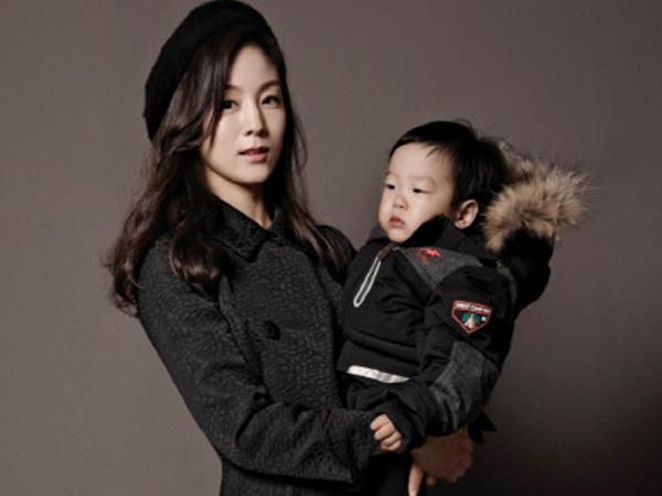 Ikut Nge-fans, Istri dan Anak Lee Hwi Jae Pamer Foto Bareng Song Joong Ki!